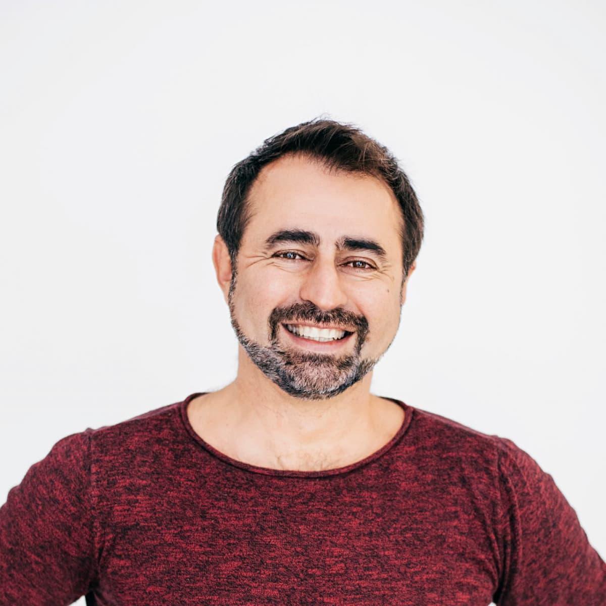 Manuel Lara