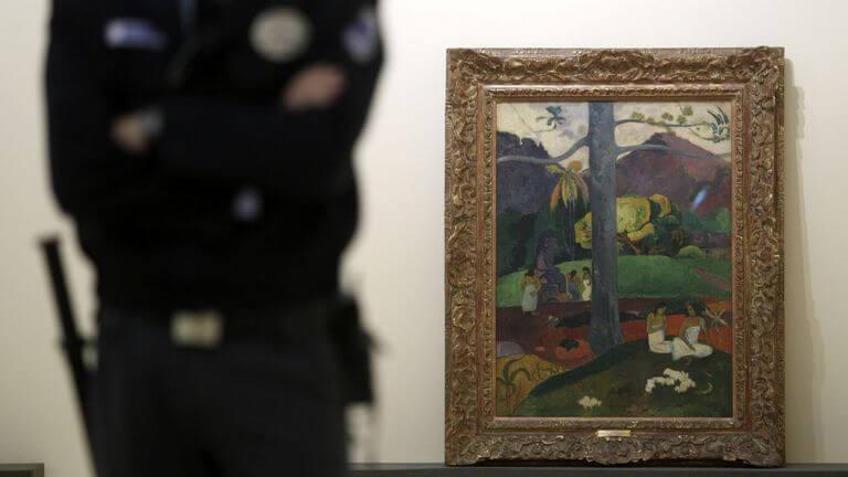 Mata Mua de Paul Gauguin custodiado en el museo