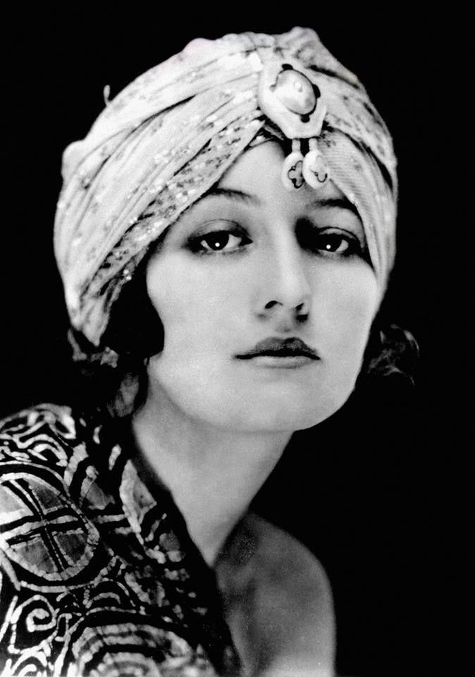 Retrato de Alice Guy Blaché en los años 20