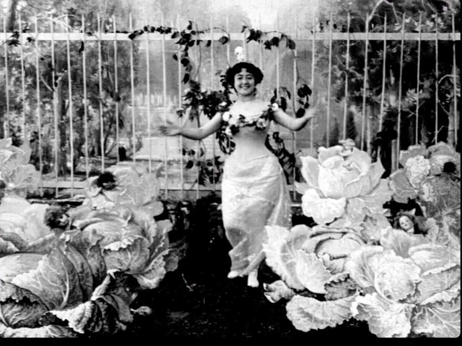 """Fotograma de """"La fée aux choux"""", la primera película de ficción de la historia"""