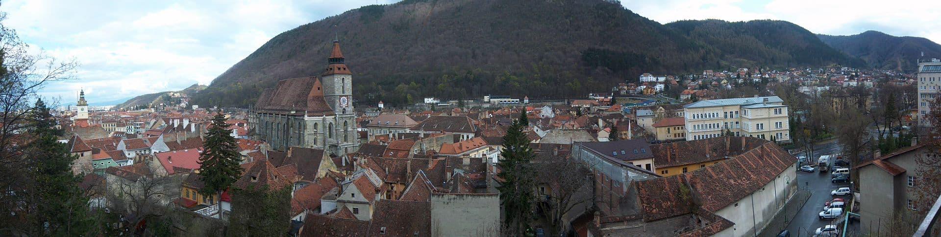 Vista panorámica de Brásov, ciudad natal de Gyula Hálasz